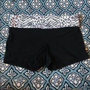 VS PINK Size Large Black Yoga Pant Shorts
